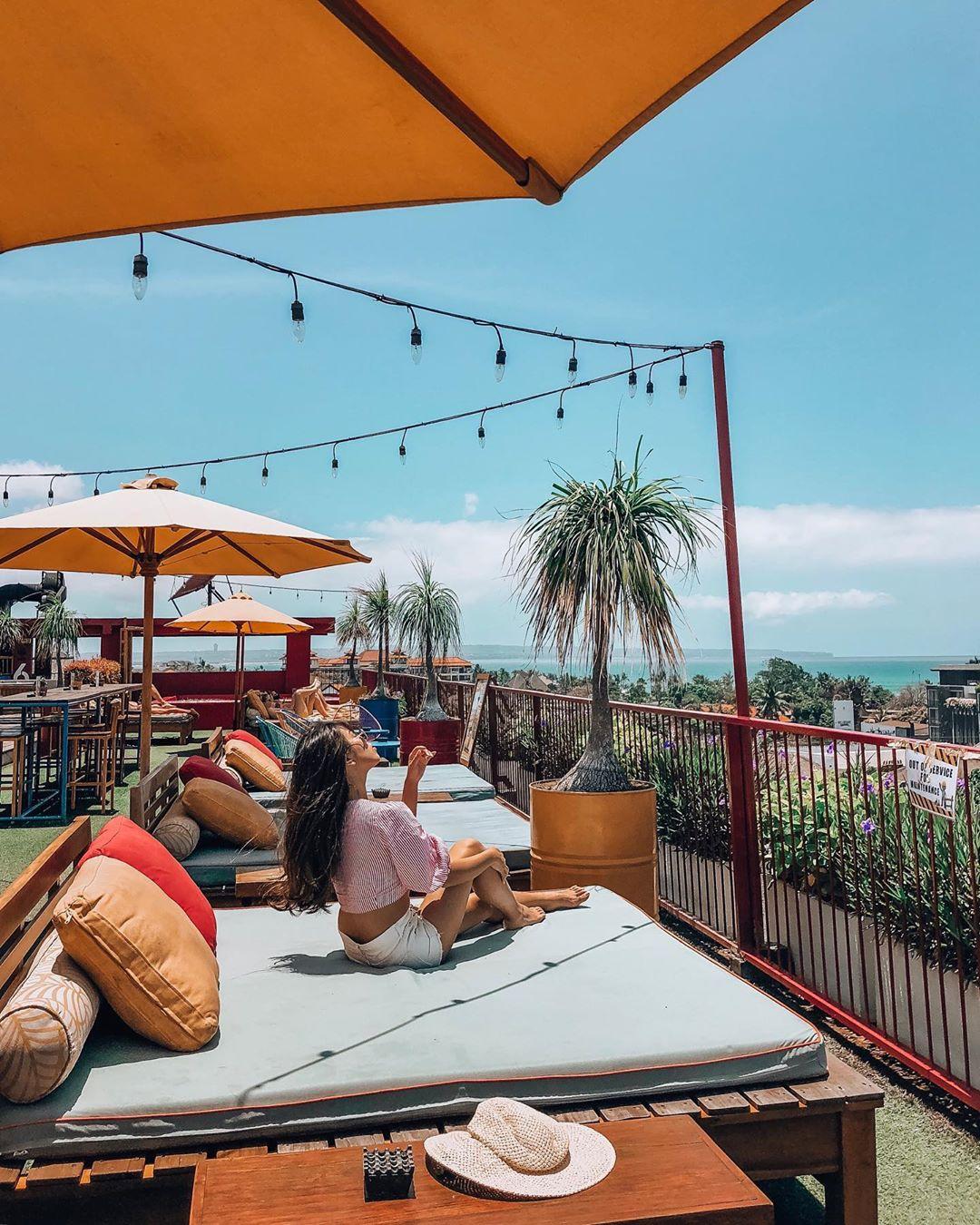 ATC | Japanese Influencer Connects with Dash Hotel Seminyak Bali via Influencer Marketing | 3