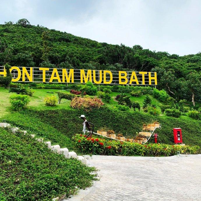 ATC | MerPerle Hon Tam Resort collaborate with China KOL via | 4