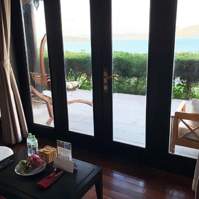ATC | MerPerle Hon Tam Resort collaborate with China KOL via |
